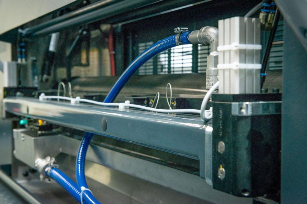 Koenig and bauer rapida 105 coater
