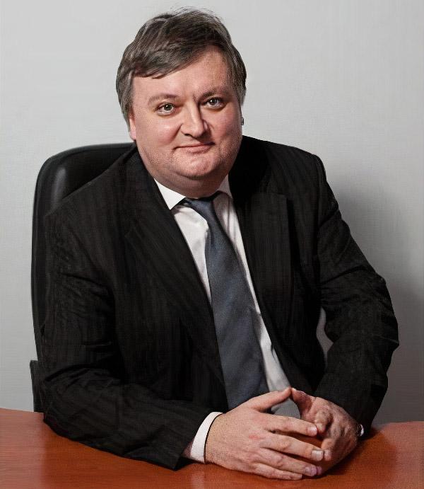 Mikhail kuvshinov nissa